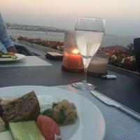 Photo taken at Nixon Bosphorus Hotel by Busra Cinar B. on 7/28/2015