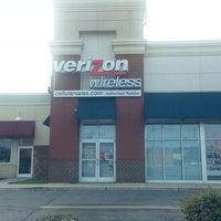 Photo taken at Verizon Wireless by Rewa G. on 6/8/2013