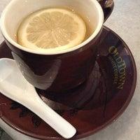 Photo taken at OldTown White Coffee by booruball on 7/4/2013