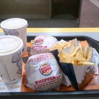 Photo taken at Burger King by Misael B. on 4/10/2013