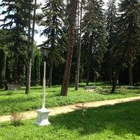 Снимок сделан в Мемориальный музей-усадьба художника Н.А. Ярошенко пользователем Viki B. 7/24/2013