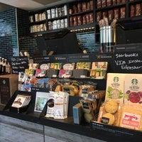 Photo taken at Starbucks by Fuad K. on 7/20/2016