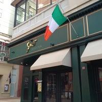 Photo taken at Siné Irish Pub & Restaurant by David ⚡. on 4/21/2013