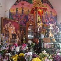 Photo taken at Wat Buddha Thai Thavorn Vanaram by Benz K. on 10/15/2017