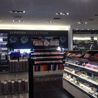 Photo taken at Sephora by Benz K. on 1/8/2014