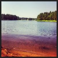 Снимок сделан в Пляж на реке Оредеж пользователем Valentina 7/5/2013
