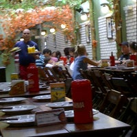 Foto tirada no(a) Galinheiro Grill por Fabiano H. em 12/1/2012