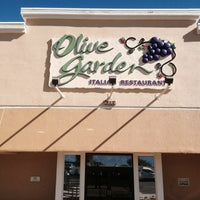 Photo taken at Olive Garden by Marcos E. on 10/22/2013