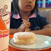 Photo taken at Dunkin' Donuts by ilma n. on 2/23/2014