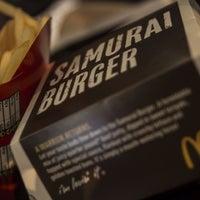 Photo taken at McDonald's & McCafé by லியா எலியாவிடமும் on 7/23/2013