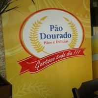 Photo taken at Pão Dourado by Ed R. on 4/11/2013