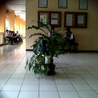 Photo taken at Gedung C1 Geografi FIS UNNES by Siti M. on 3/18/2013