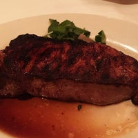 Photo taken at Morton's The Steakhouse by Edward L. on 1/8/2017