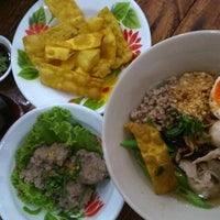 Photo taken at พริ้ม เตี๋ยวแซ่บ by Thanapoom S. on 10/8/2014