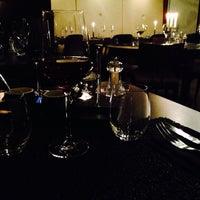 Photo prise au Restaurant Le 17 par Maria A. le1/30/2014