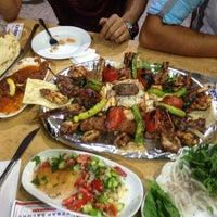 8/18/2013 tarihinde Oğuzhan K.ziyaretçi tarafından Köşk Kebap Salonu'de çekilen fotoğraf