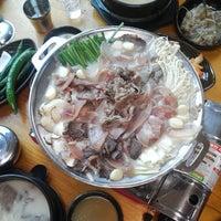 Photo taken at 전주장작불곰탕 by Eugene Z. on 7/28/2014