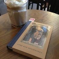 Photo taken at Starbucks by Gayliciouz L. on 12/6/2012