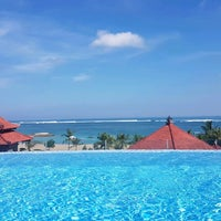 Photo taken at Holiday Inn Resort by Jan v. on 5/4/2017