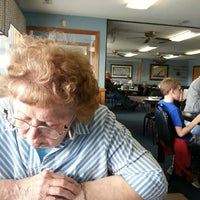 Photo taken at Captain Bobs BBQ & Seafood Restaurant by Edwin P. on 4/6/2014