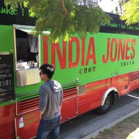 Photo taken at India Jones Chow Truck by Chimmy .. on 8/29/2017