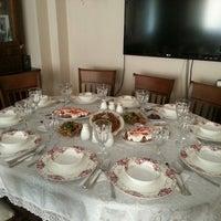 Photo taken at yengemin iftar sofrasi by Engin D. on 7/14/2014