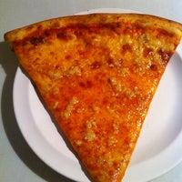 Photo taken at Grandma's Brooklyn Pizzeria by Billy Q. on 6/1/2013