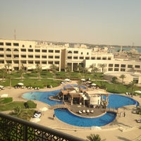Photo taken at Sofitel Bahrain Zallaq Thalassa Sea & Spa by Mnf on 6/20/2013