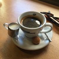 1/7/2018 tarihinde Pınar Ç.ziyaretçi tarafından Coffee Manifesto Moda'de çekilen fotoğraf