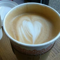 Photo taken at Peet's Coffee & Tea by Ping Y. on 3/2/2016