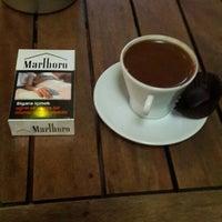 Photo taken at Kahve Dünyası by Sinan M. on 10/4/2013