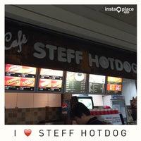 Photo taken at STEFF HOTDOG by 권간지프로님 on 7/26/2015
