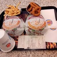 Foto tirada no(a) Burger King por @Rolisk #. em 6/27/2013