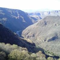 Foto tomada en Barranca de Huentitán por Claudia A. el 3/18/2013