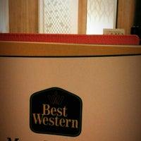 Photo taken at BEST WESTERN Mega Kuningan by james f. on 4/8/2014