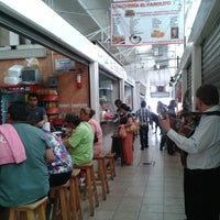Photo taken at Mercado La Cruz by Armando W. on 4/10/2013