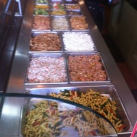Photo taken at Day Light Salads by Ariel P. on 3/18/2013