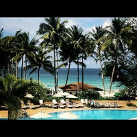 Photo taken at Le Méridien Phuket Beach Resort by thicharat c. on 10/8/2012
