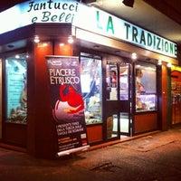 Photo taken at Tradizione di Belli e Fantucci by Tamia Evoo on 11/25/2013