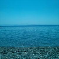 7/30/2013 tarihinde Ozge A.ziyaretçi tarafından Altınoluk Sahili'de çekilen fotoğraf