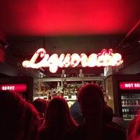 Foto tirada no(a) Genuine Liquorette por Qayser em 12/12/2015