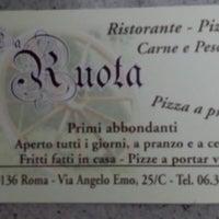 Foto tomada en Pizzeria Ruota por Mauro Z. el 9/8/2013
