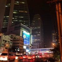Photo taken at ถนนอโศก-ดินแดง by Ken H. on 1/7/2014
