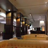 Das Foto wurde bei Sheraton Hannover Pelikan Hotel von Christopher F. am 10/31/2013 aufgenommen