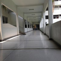 Photo taken at Faculty of Pharmacy by YuI'Wirunya P. on 4/12/2013