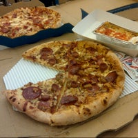 Photo taken at Domino's Pizza by M Jusuf U. on 4/16/2013