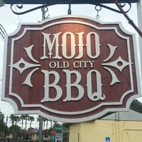 Photo taken at MOJO Old City BBQ by Bianca M. on 12/9/2012