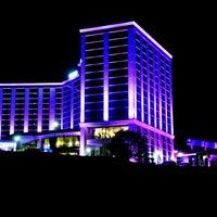 10/29/2013 tarihinde Grand Altuntaş Hotelziyaretçi tarafından Grand Altuntaş Hotel'de çekilen fotoğraf