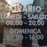 Foto scattata a Caffe Bargioni da Francesco C. il 4/5/2013