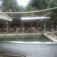 Photo taken at Pemancingan & Lesehan Tirta Mas by Deny I. on 6/30/2013